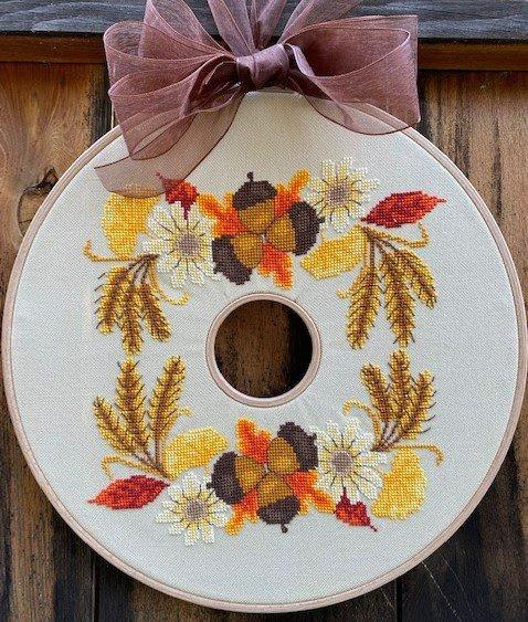 Autumn Wreath chart - LuHu Stitches