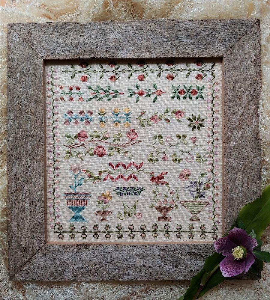 Manon's Garden chart - Mojo Stitches