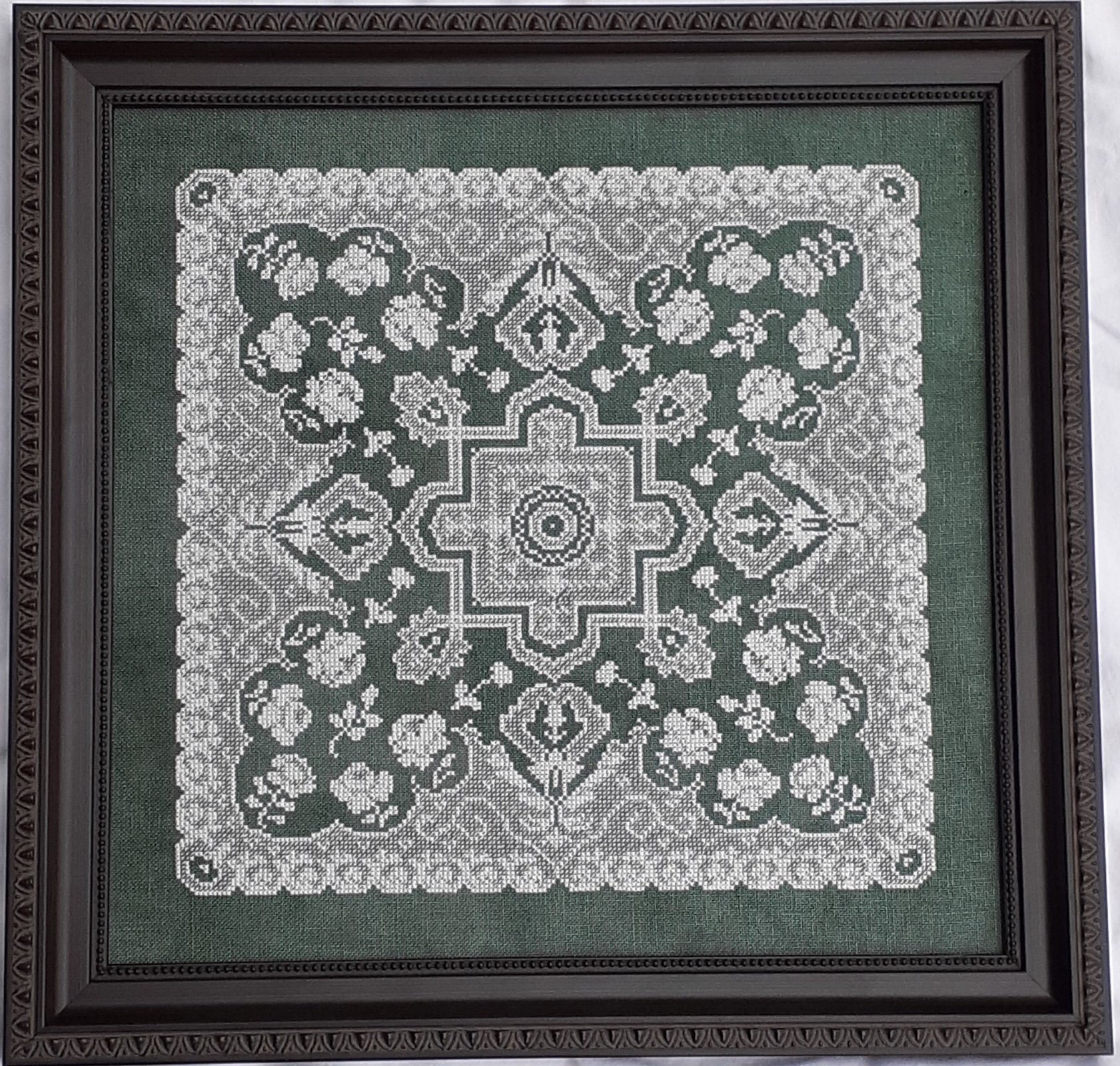 Elegant Lace chart - Works by ABC