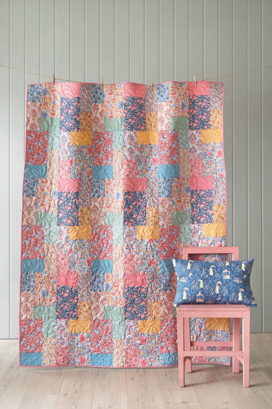 Tilda's Whimsy Camel and Coral Quilt Kit