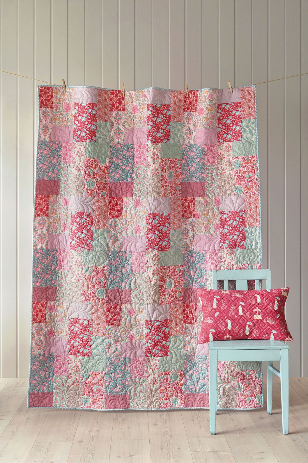 Tilda's Whimsy Pink and Sage Quilt Kit