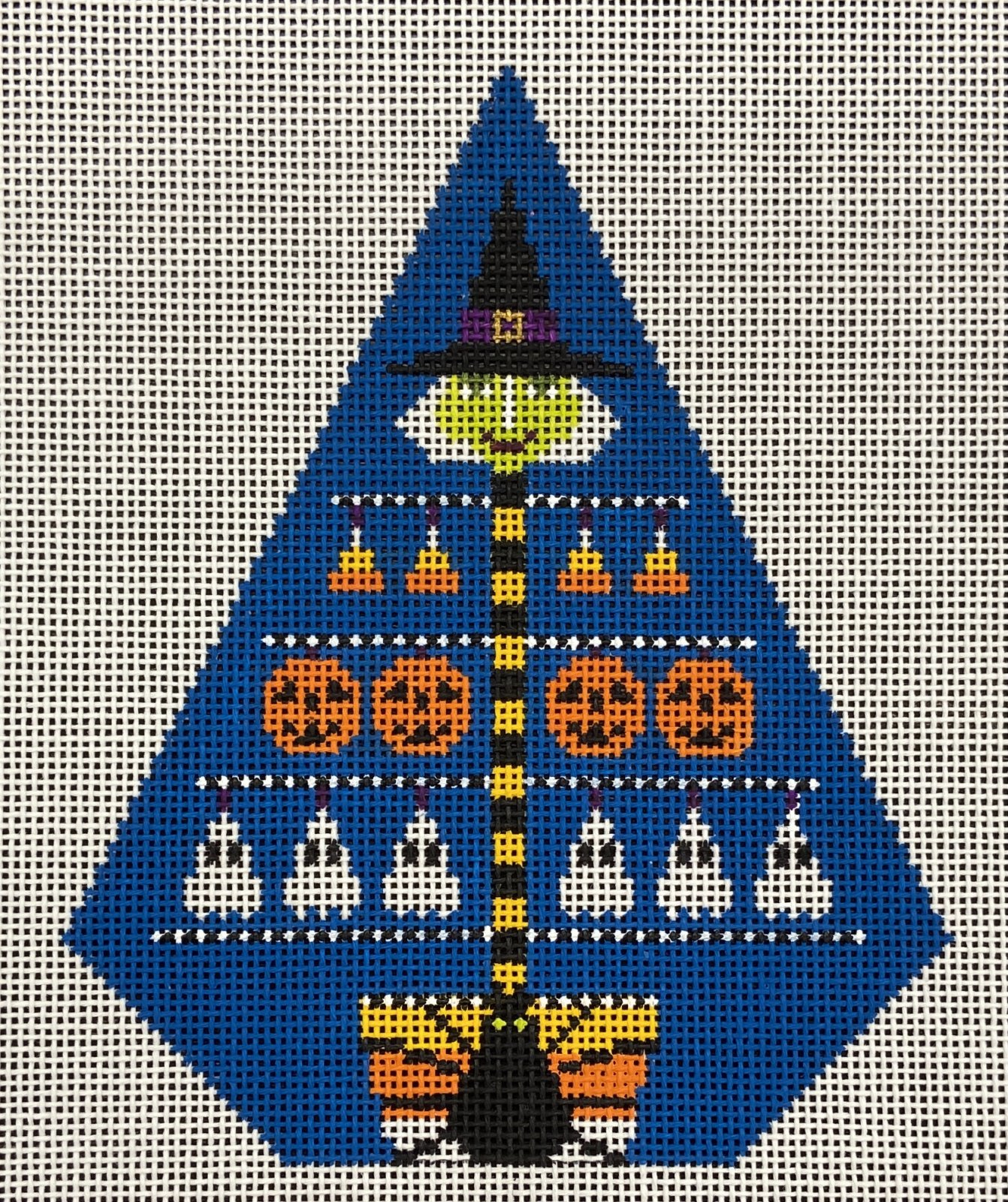 STH348 Halloween Witch Tree Shelly Tribbey