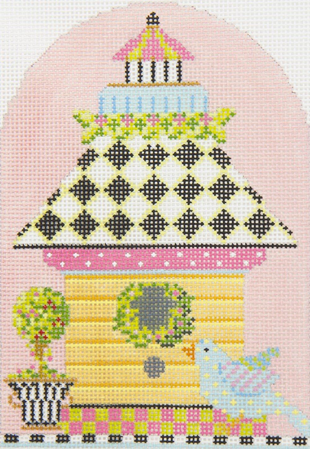KBH02 Yellow Clapboard Birdhouse Kelly Clark