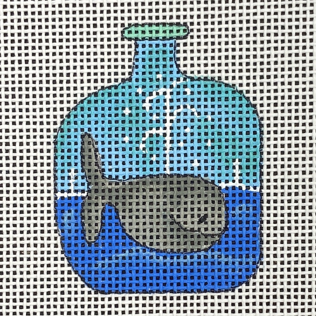 BOT106A Wee Bottle Whale Renaissance Collection