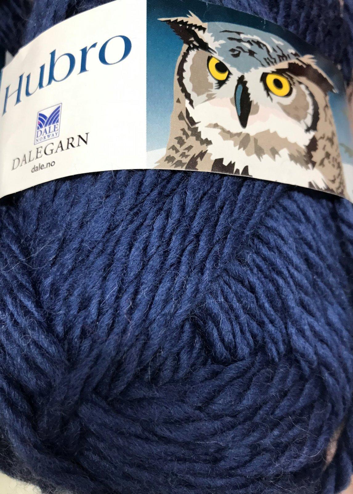 Blue 5764 Hubro Norway 100% wool 72y, 2.5sts=1on #9mm