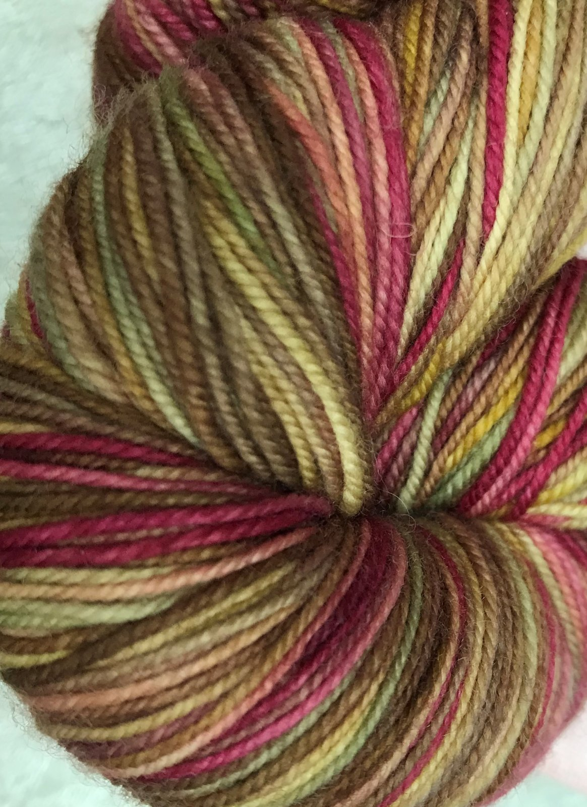 Into Autumn 215 , Lace Merino Superwash extra fine 430y, 6.5sts=1on 3US