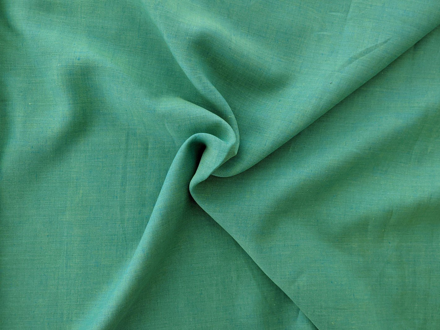 Linen - Iridescent