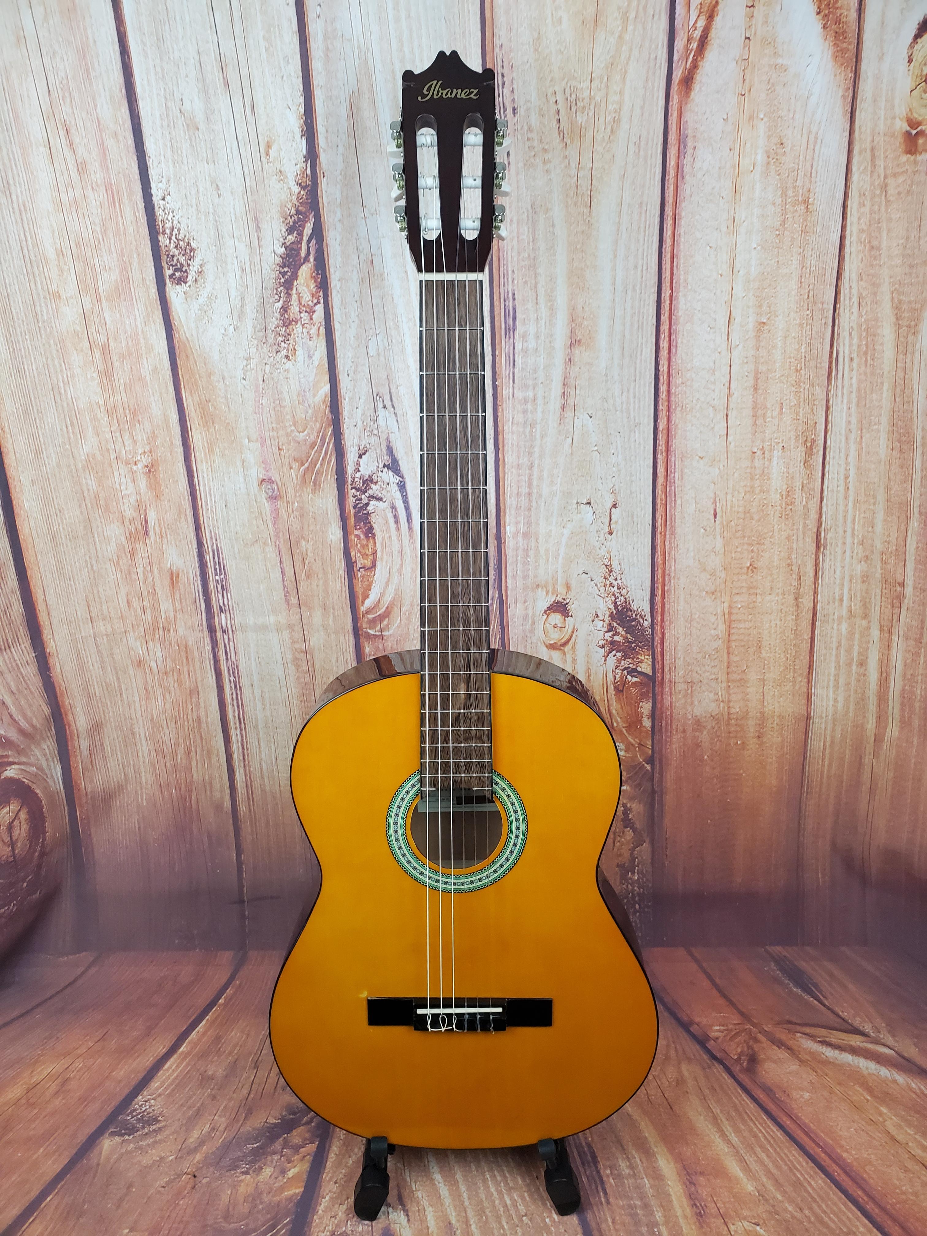Used- Ibanez GA3 Classical Guitar