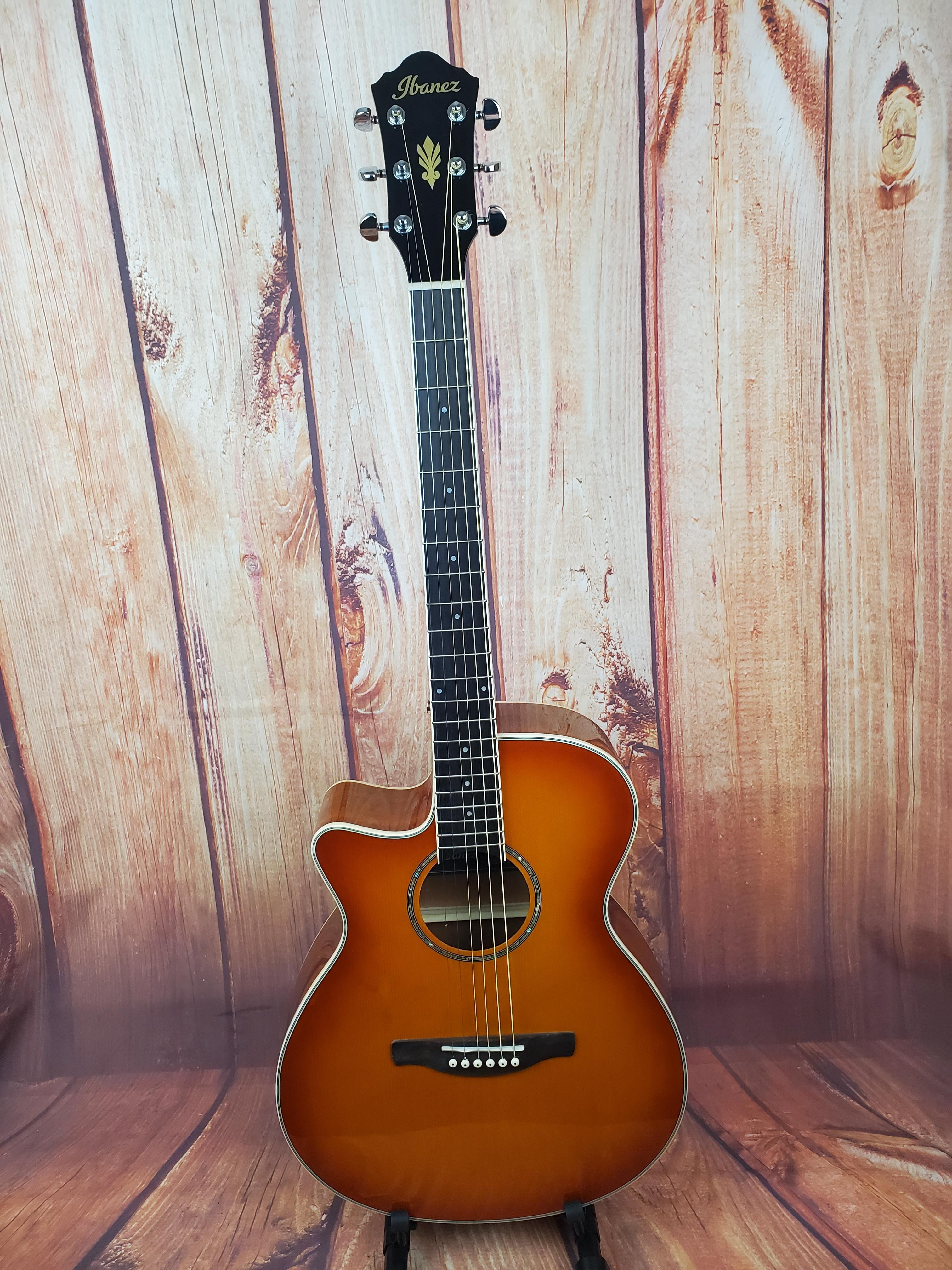 Used- Ibanez AEG18LIVV Left-Handed Acoustic