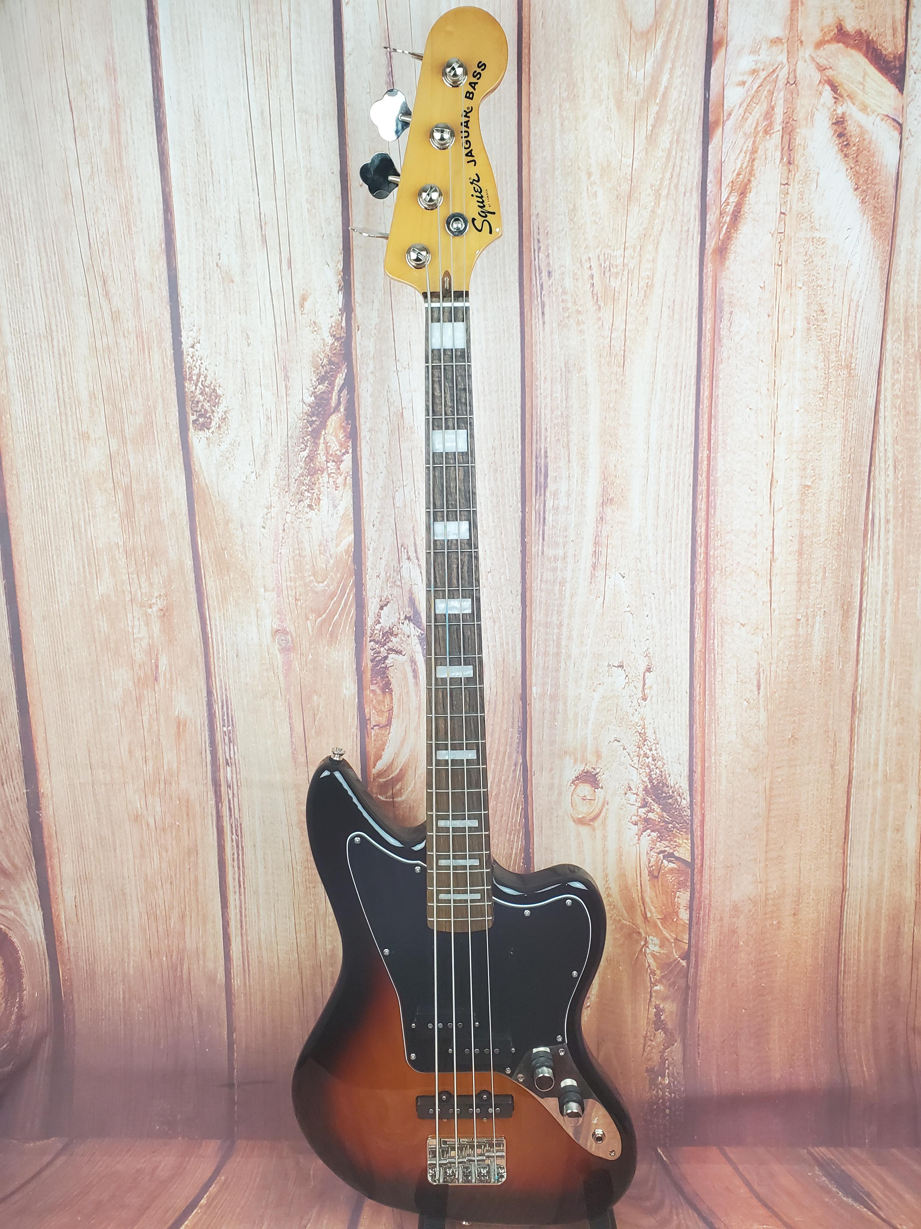 Used-Squier Classic Vibe Jaguar Bass