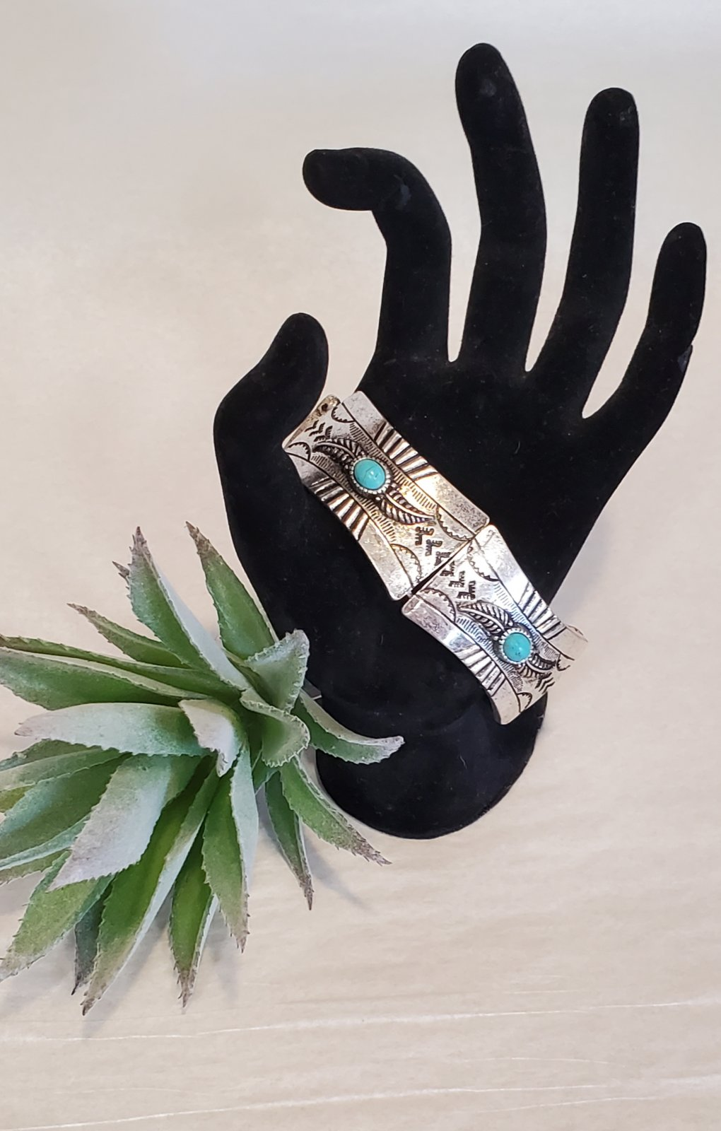 Western Navajo Style Semi Precious Stone Stretch Bracelet