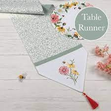 Floral Buzz Table Runner