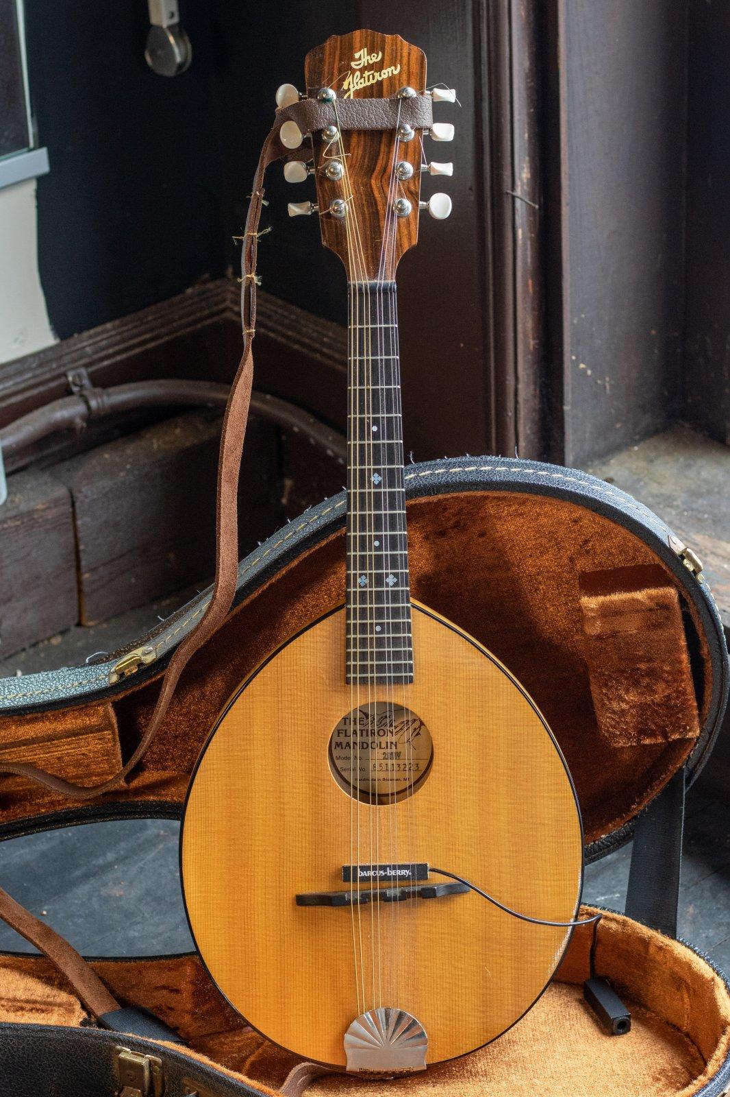 The Flatiron 2MW Mandolin