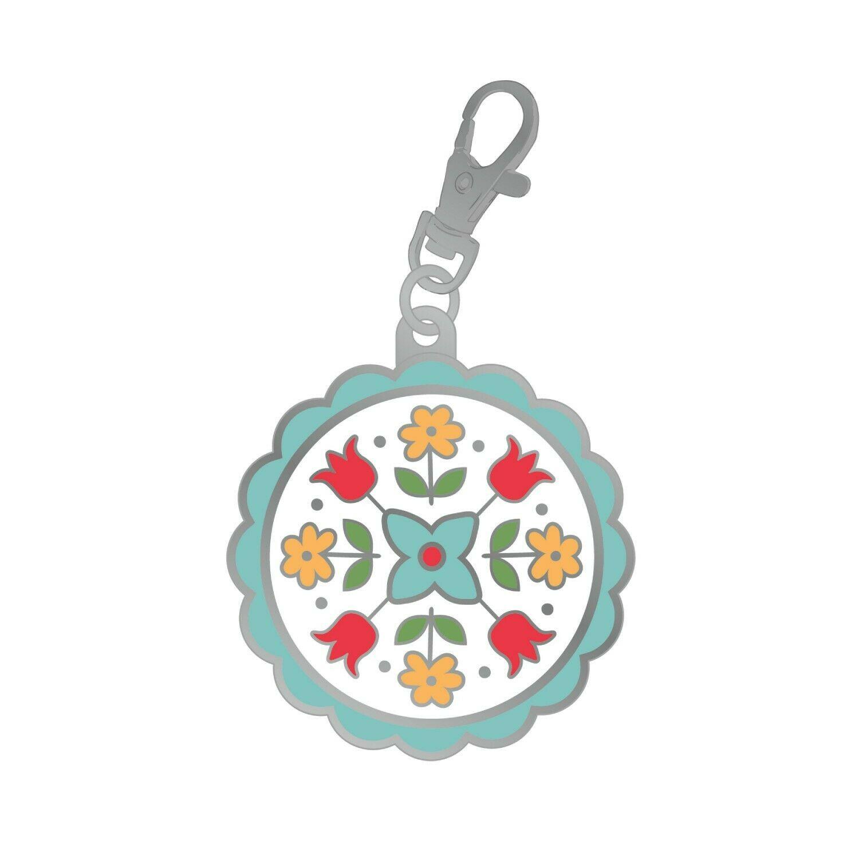 Flea Market Flower Charm(s) by Lori Holt