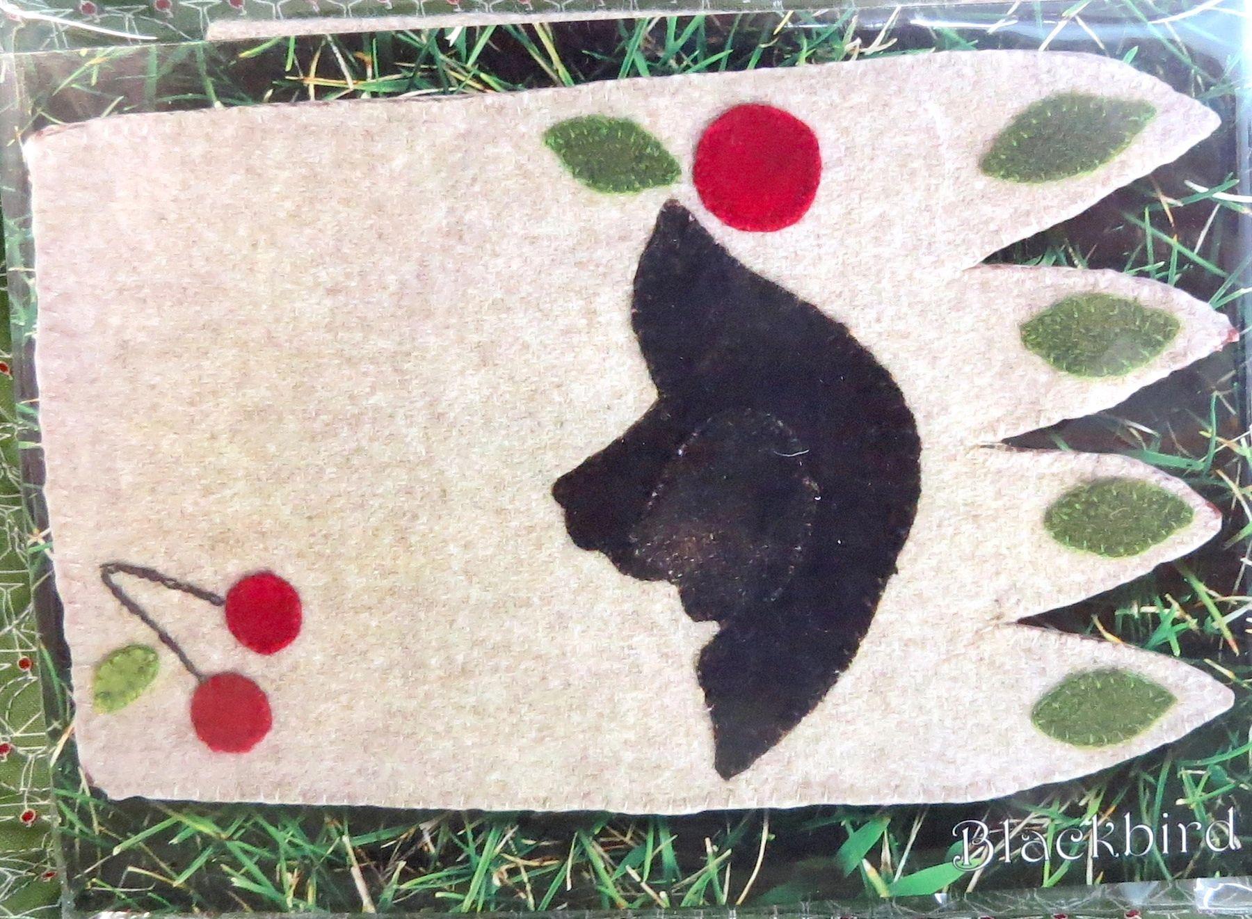 Blackbird Wool Mug Rug Kit