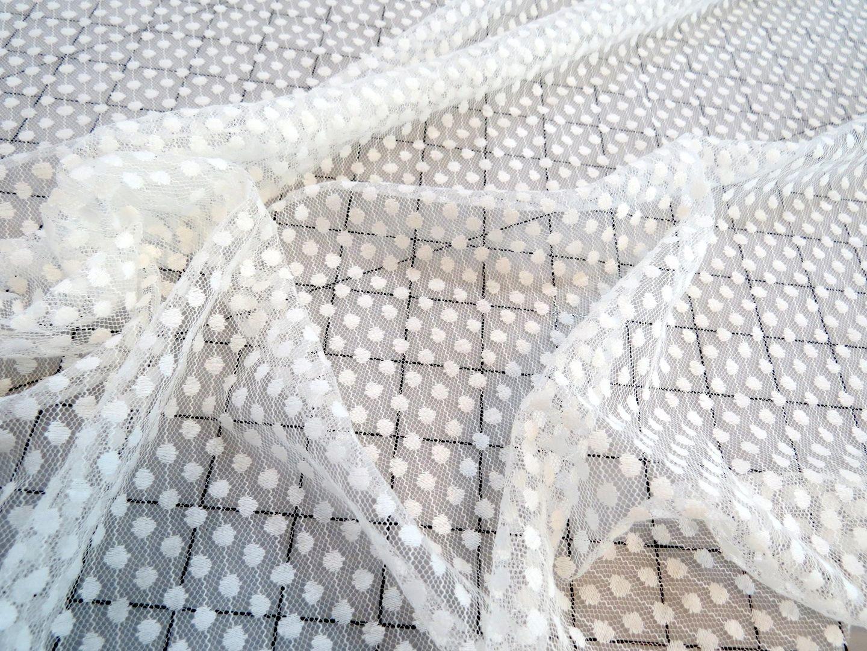 Creamy Aspirin-Dot Mesh Lace