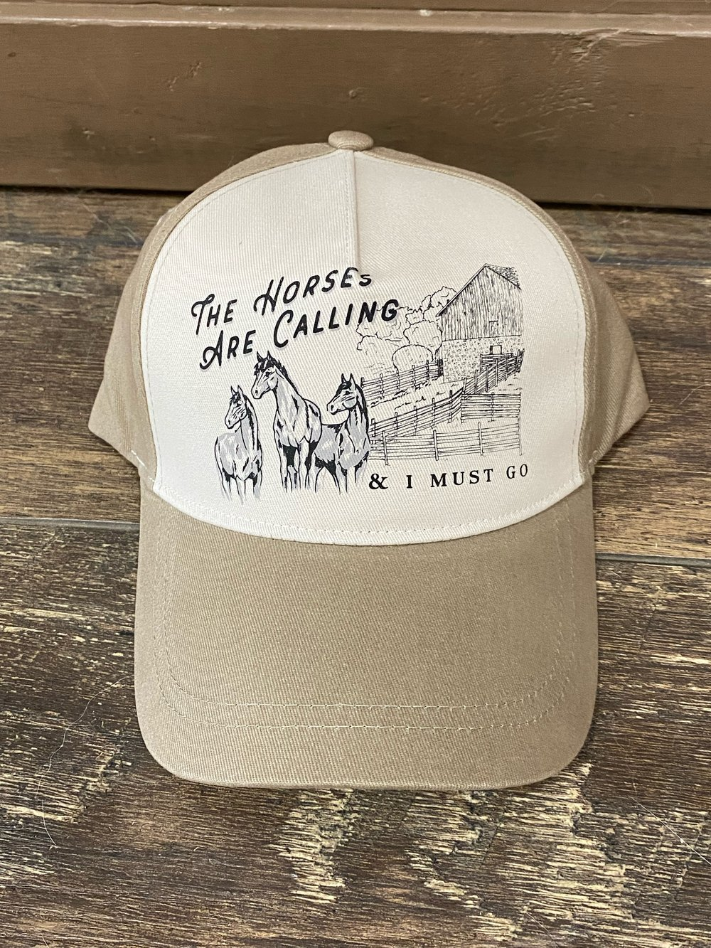 THE HORSES ARE CALLING RINGSIDE HAT