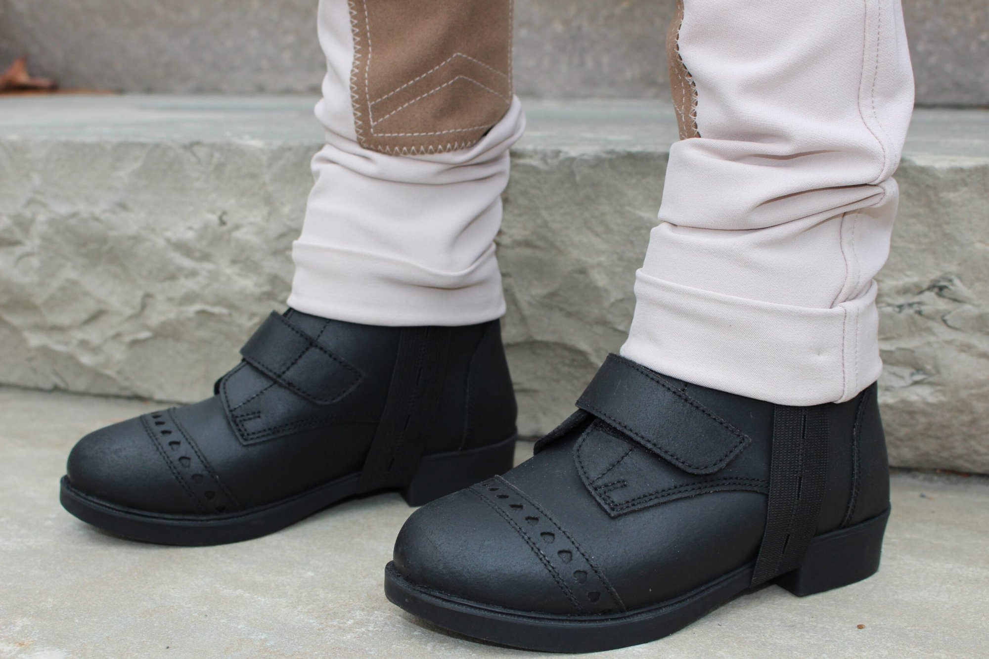 BELLE & BOW VELCRO PADDOCK BOOTS