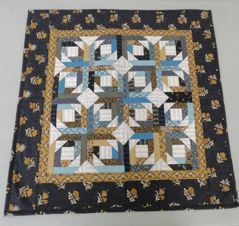 Charming Pineapple Star Kit 27x27 Top, Back & Binding