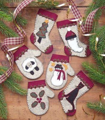 Wool Ornament Kit - Christmas Woolens