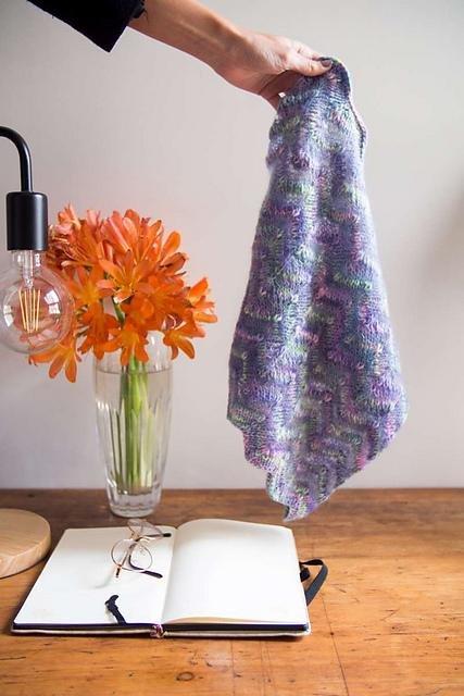 Manos Zagzag yarn set