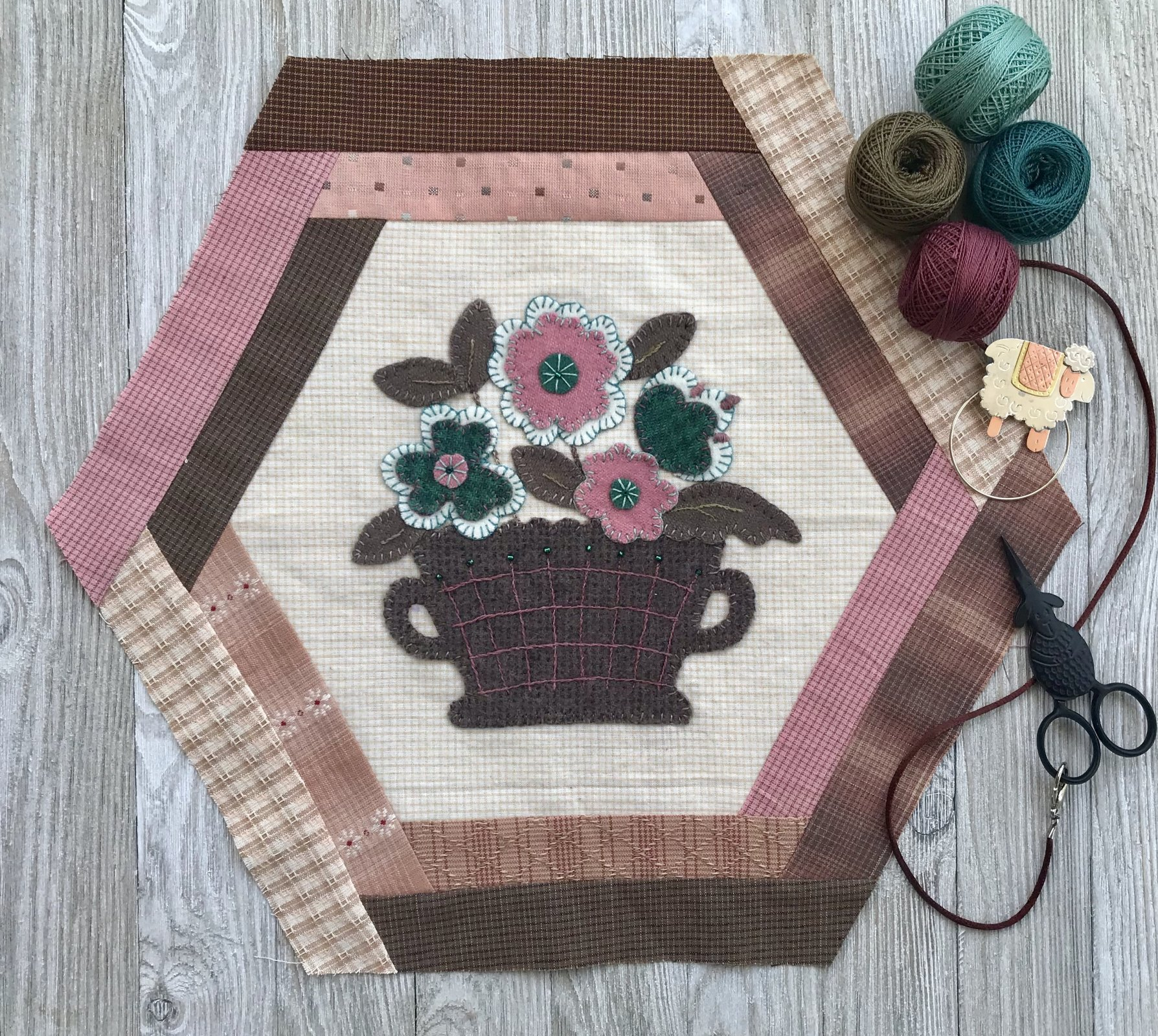 Vintage Treasures Block 6- Flower Basket