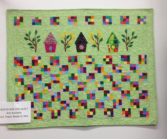 CLEARANCE RXR TREE BRANCH ESTATES QUILT