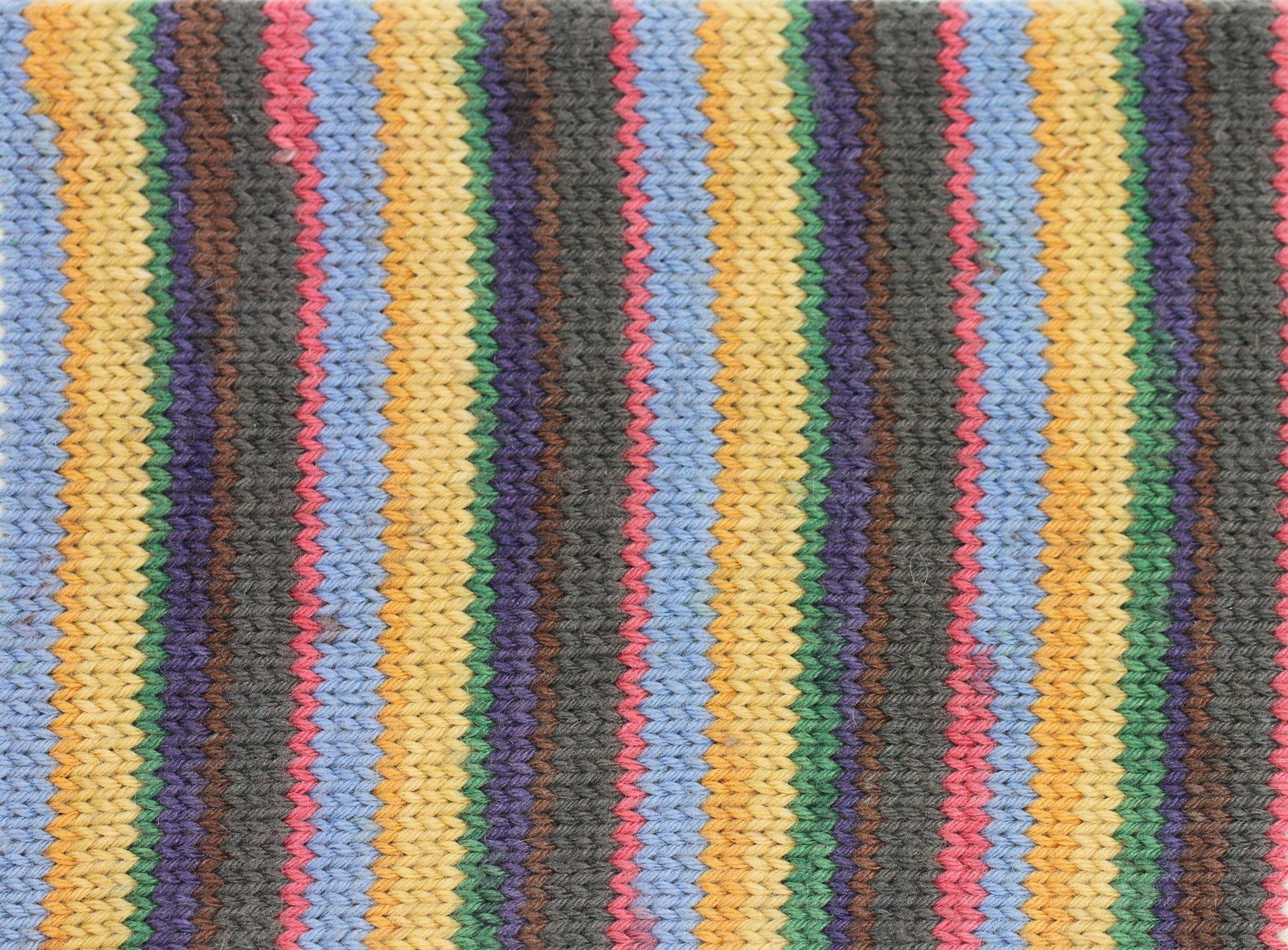 Stripey Slouch & Fingerless Gloves - color 607