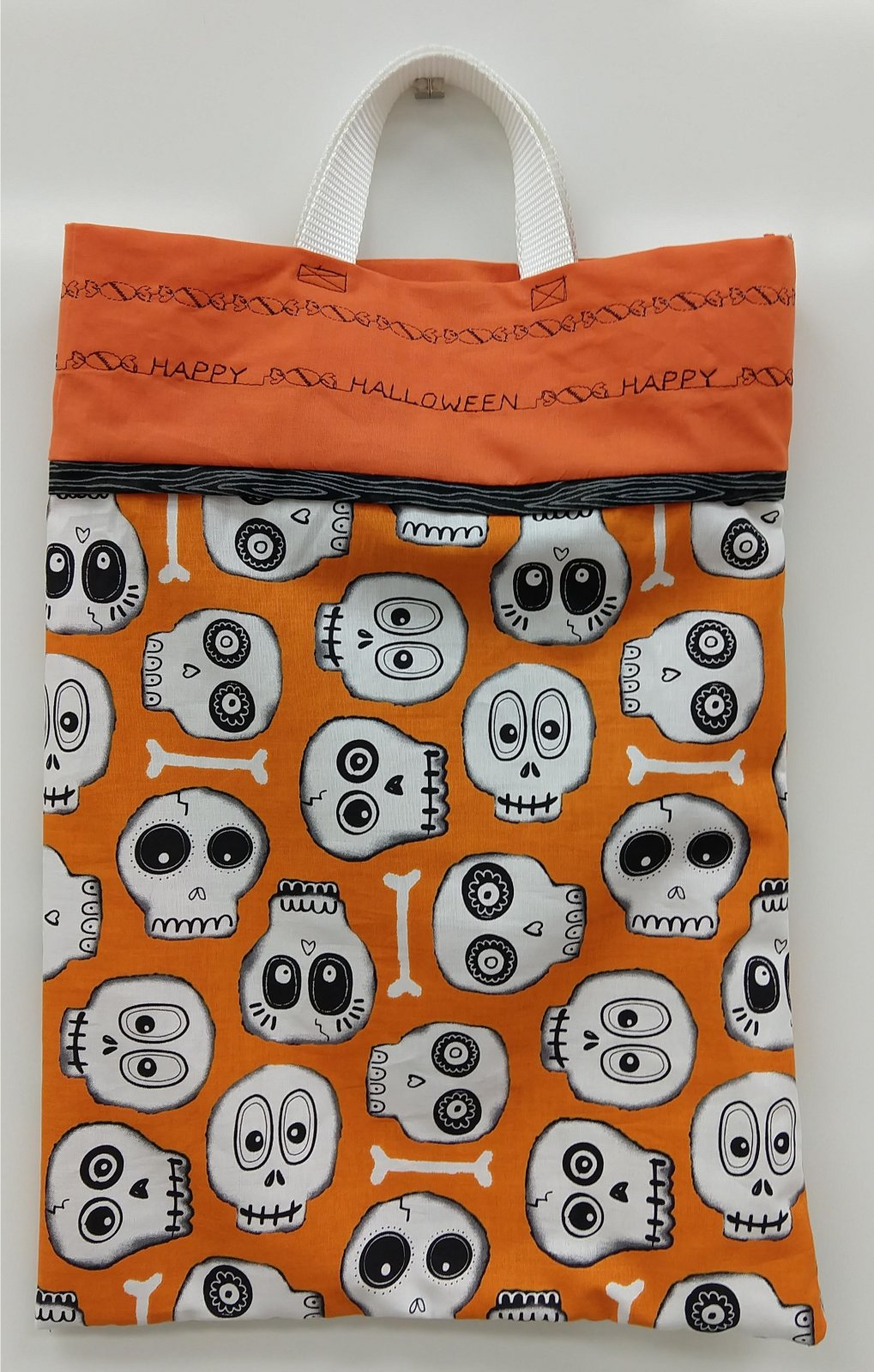 Halloween Candy Tote (kit)