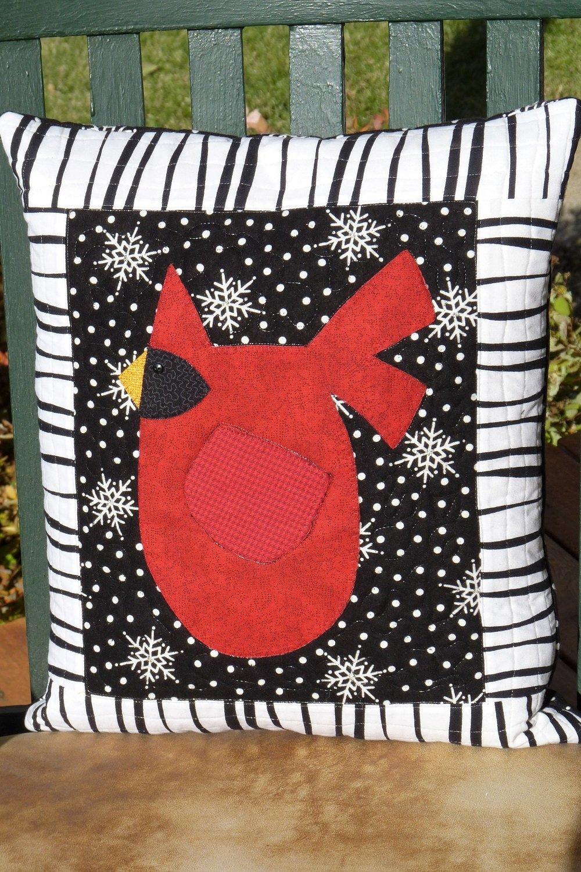 K802 Winter Cardinal Pillow - Kit