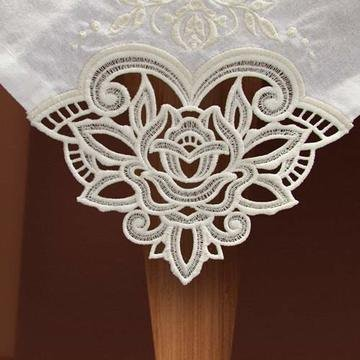 FSL Tablecloth & Napkins