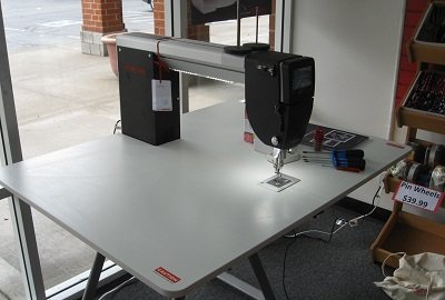 Foldable Table for Q20