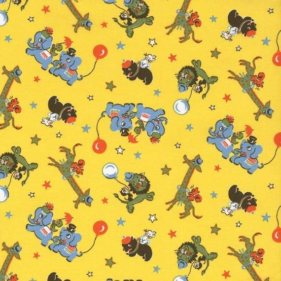Everything but the Kitchen Sink Circus Animals on Yellow 2509001