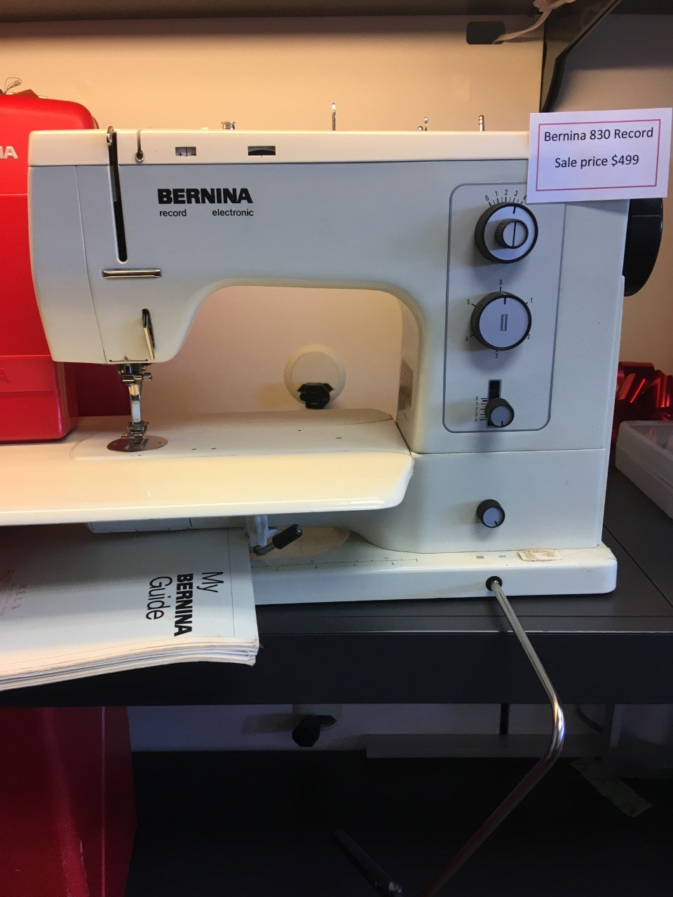 Bernina 830 Record