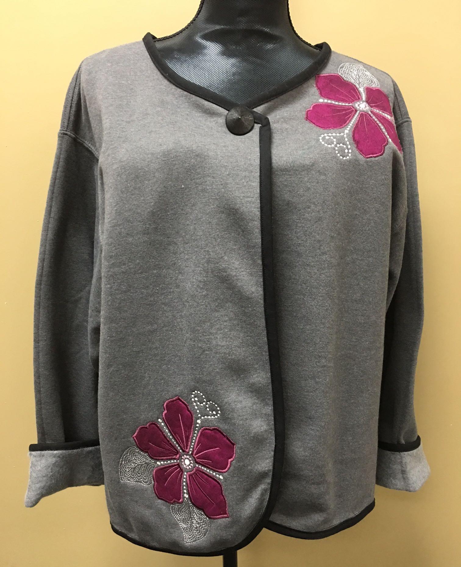 Basic Embroidery - Sweatshirt Jacket