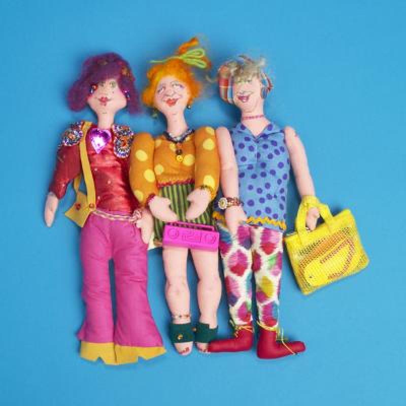 epb: Kitschy Women