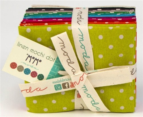 Moda - Linen Mochi Dots - by Momo - Fat Quarter Bundle