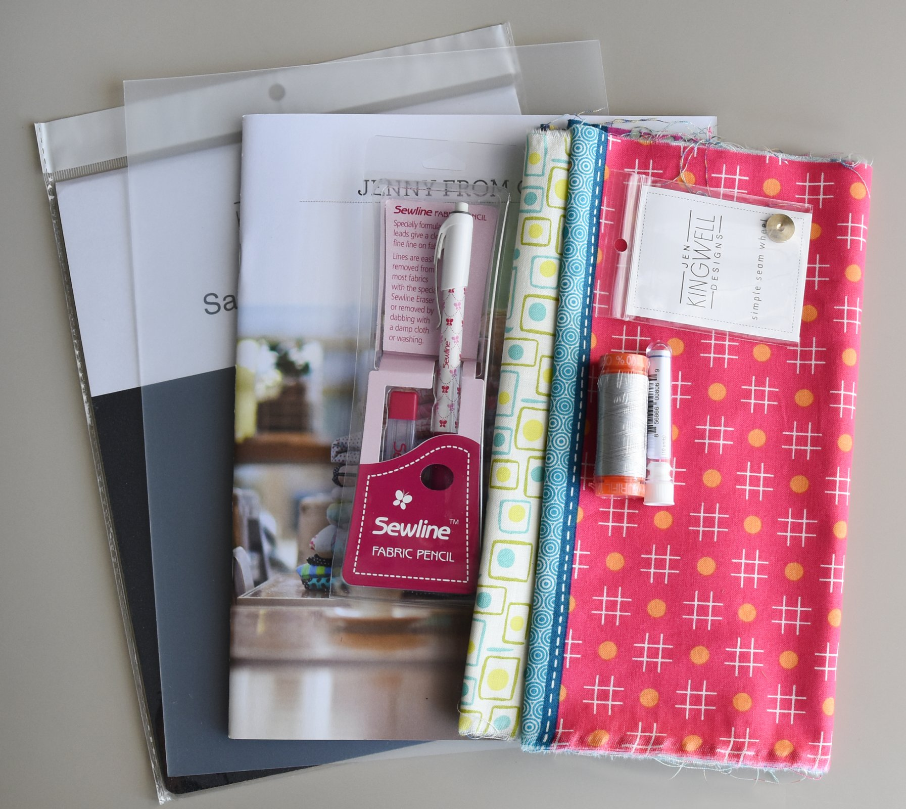 QuiltCon Supply Starter Kit - Hand Piecing with Jen Kingwell