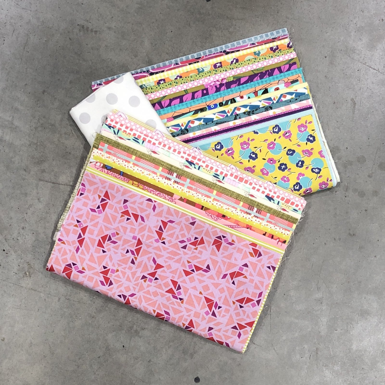 Golden Days - Starter Kit - Fabric & Pattern Booklet