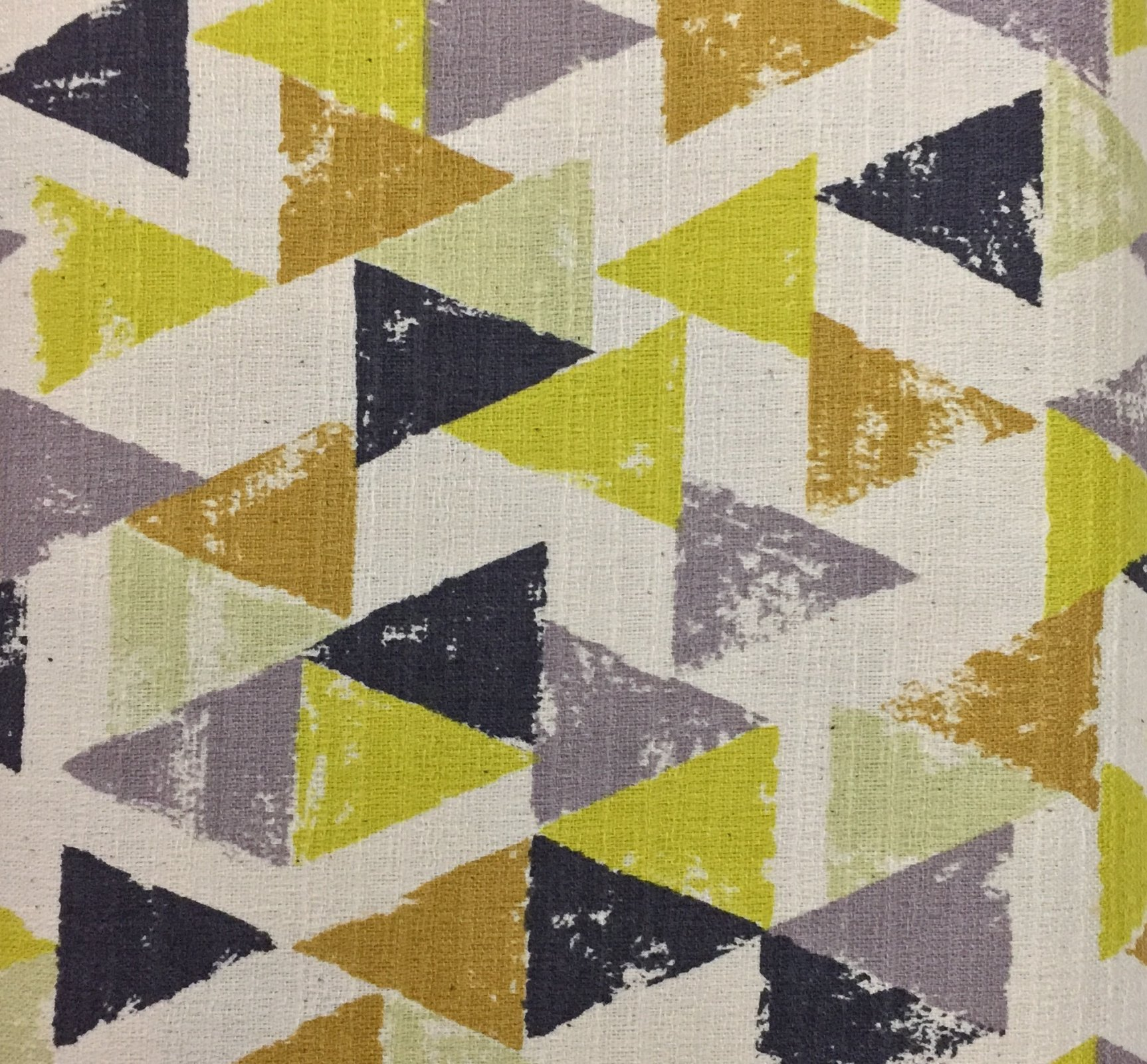 Kokka Fabrics - Trefle - Triangles - Orange / Yellow