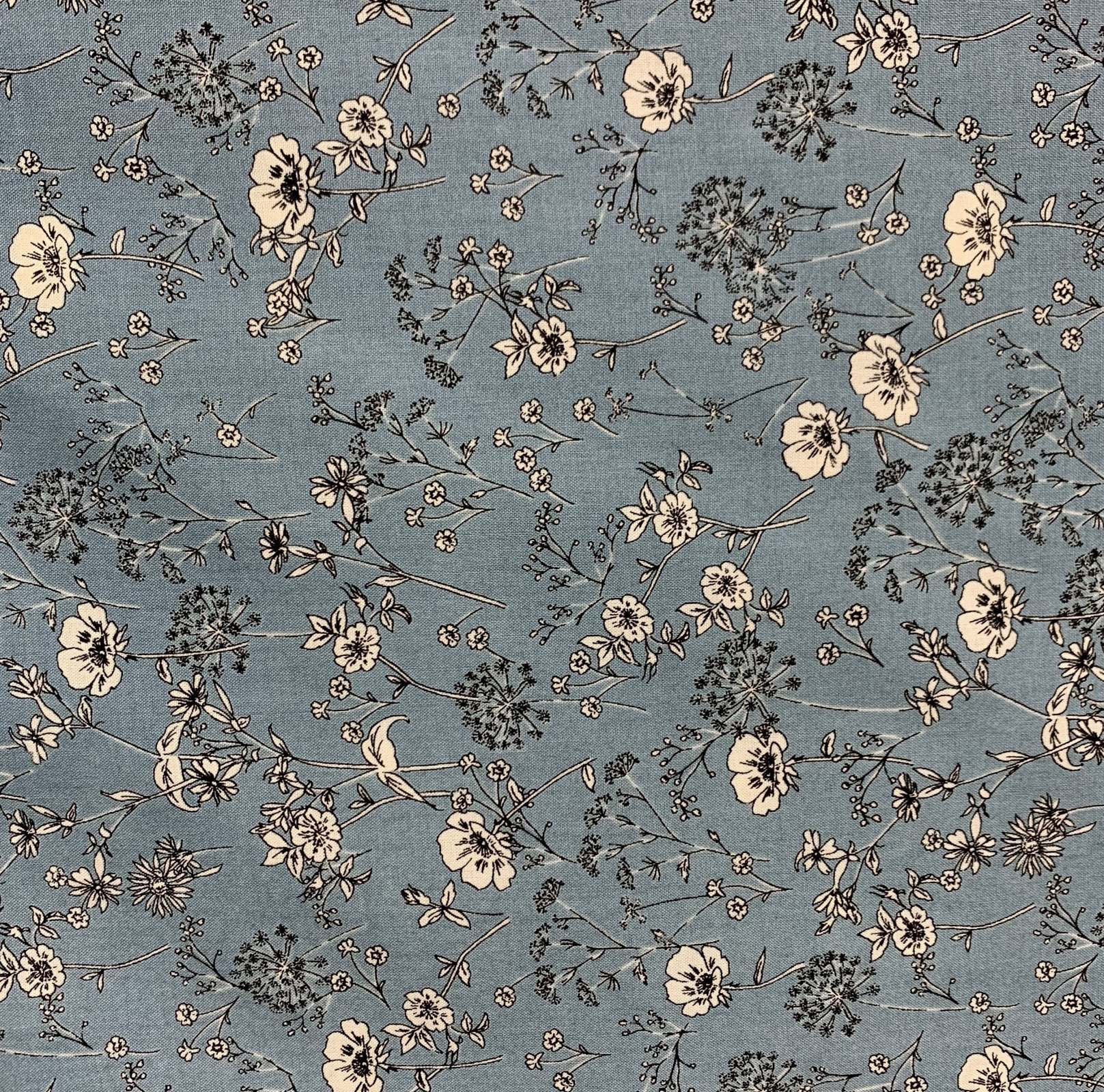 Yuwa - Charmant Collection - Dusty Blue Linework Floral