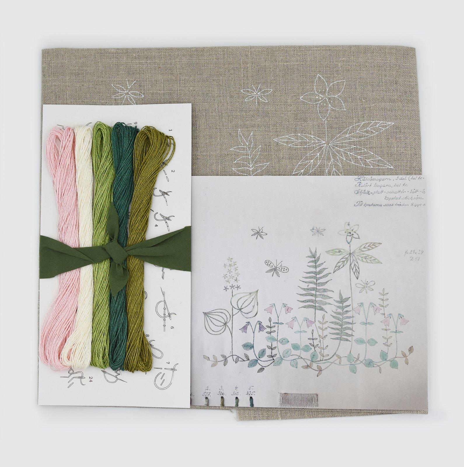 Linladan - Natural Linen Linneus - Nordiska print with linen threads
