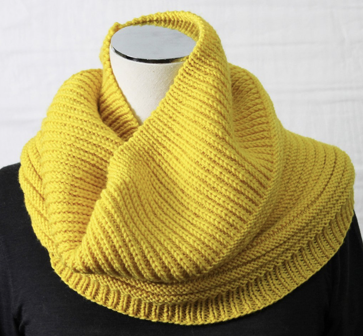 Bellissimo - TX186 COWL - Scarf Pattern