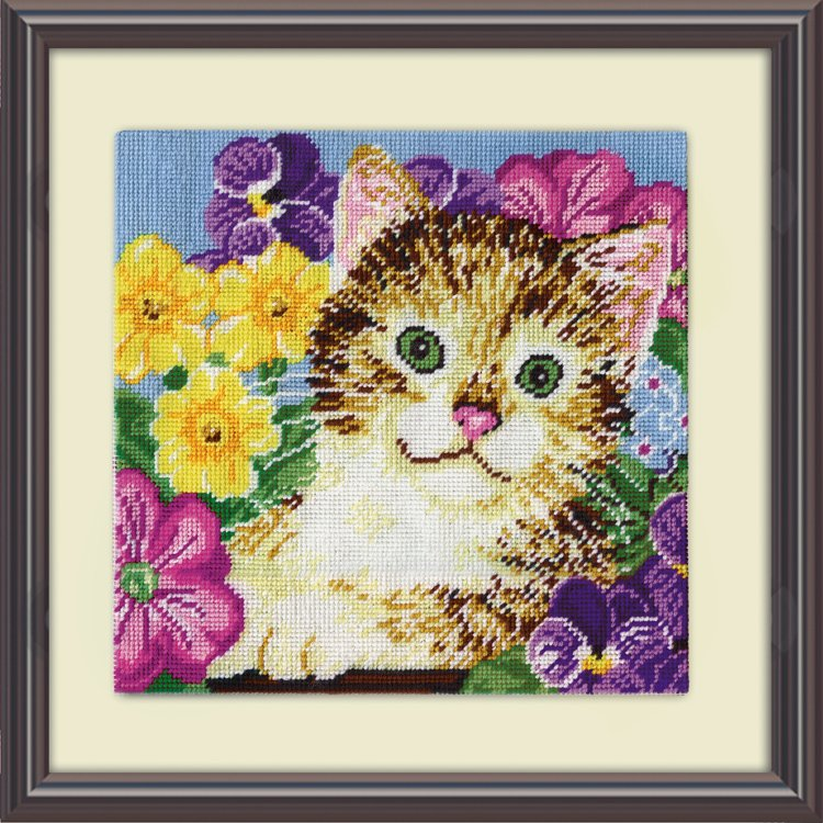 # 2516 Cat in Flowers