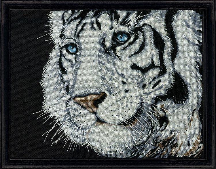 # 2918 White Tiger