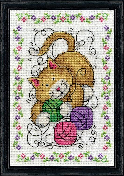 # 3216 Yarn Cat