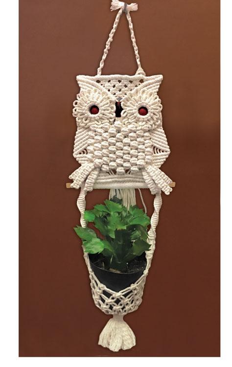 # 4465 Owl Planter