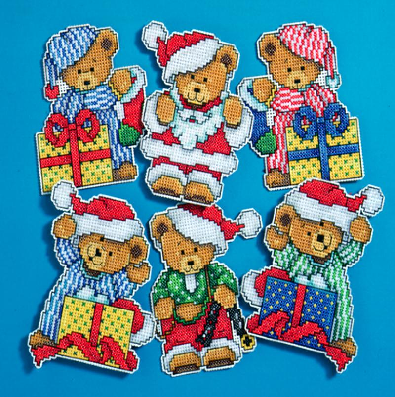 # 1653 Little Christmas Bears
