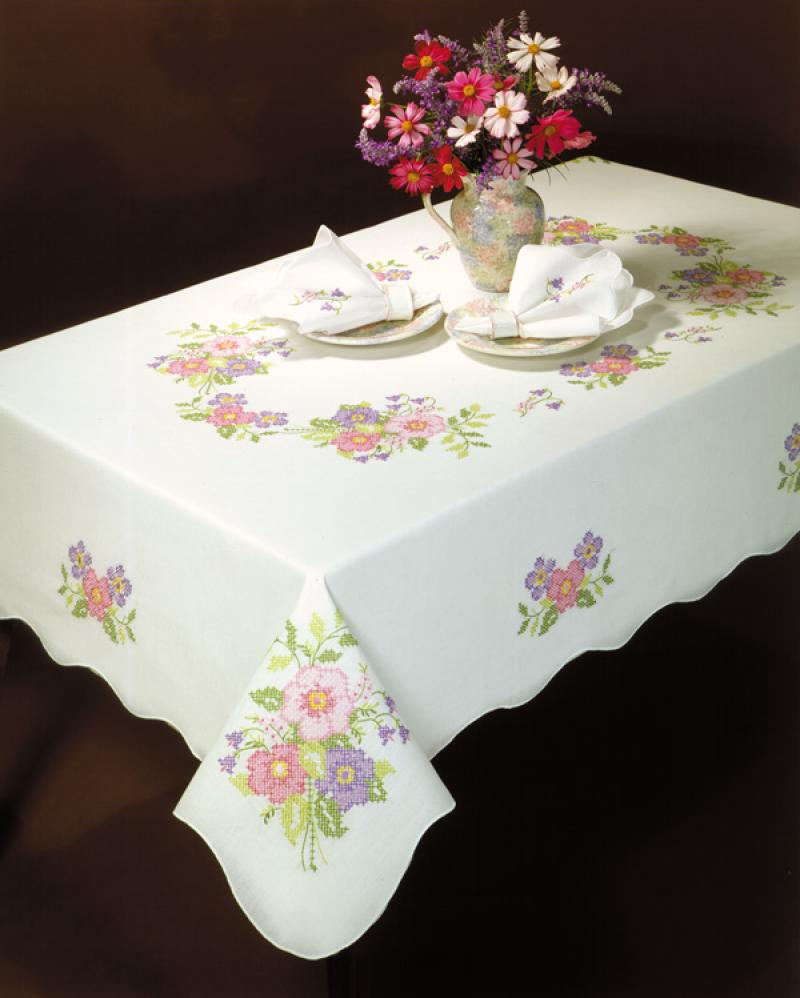 # T201912-104 Anemone Tablecloth