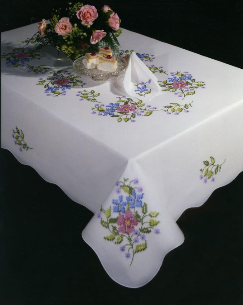 # T201913-174 Wildberry Bouquet Napkins